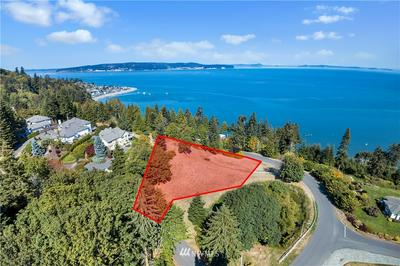 27 BELMONT PLACE, Camano Island, WA 98282 - Photo 2