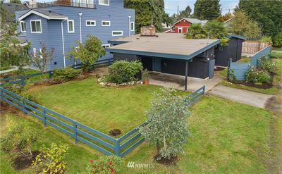10101 DAYTON AVE N, Seattle, WA 98133 - Photo 2