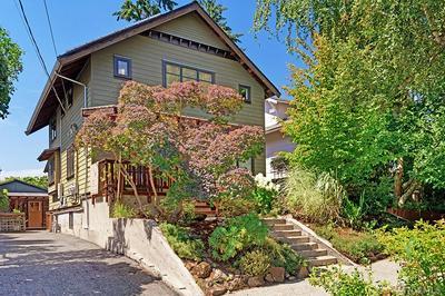 4125 ASHWORTH AVE N, Seattle, WA 98103 - Photo 2