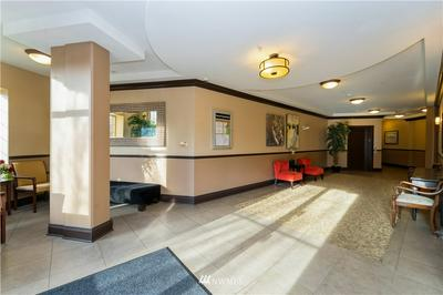 700 E DENNY WAY UNIT 206, Seattle, WA 98122 - Photo 2