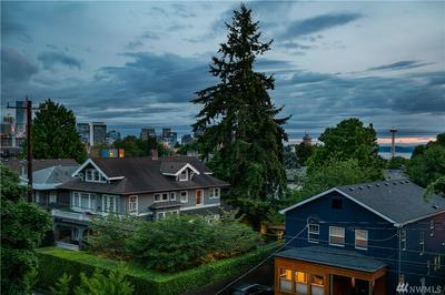 930 FEDERAL AVE E, Seattle, WA 98102 - Photo 2