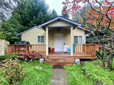 10233 28TH AVE SW, Seattle, WA 98146 - Photo 1