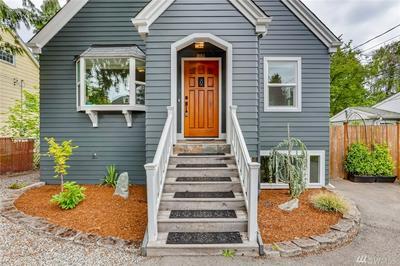1236 NE 100TH ST, Seattle, WA 98125 - Photo 2
