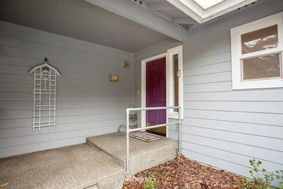 915 NW LEISURE LN, Bremerton, WA 98311 - Photo 2