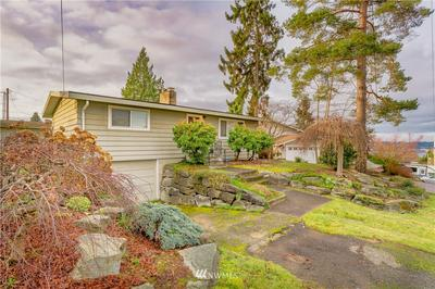 133 15TH AVE, Kirkland, WA 98033 - Photo 2
