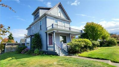221 N ALBERT ST, Port Angeles, WA 98362 - Photo 2