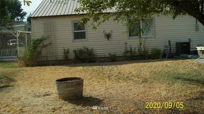 15 S LUTCHER RD, Lind, WA 99341 - Photo 2