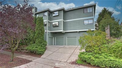 9407 LINDEN AVE N APT B, Seattle, WA 98103 - Photo 1