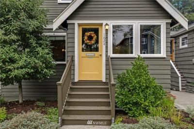 1624 N 53RD ST, Seattle, WA 98103 - Photo 2