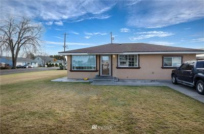 1807 W 17TH AVE, Kennewick, WA 99337 - Photo 2