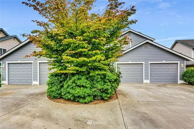 521 MAIN PL, Lynden, WA 98264 - Photo 2