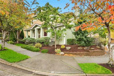 2105 NW FAR COUNTRY LN, Issaquah, WA 98027 - Photo 2