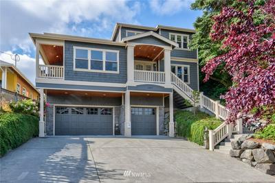 1817 N 52ND ST, Seattle, WA 98103 - Photo 1