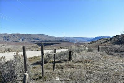 1 WATSON DRAW RD, Pateros, WA 98846 - Photo 2