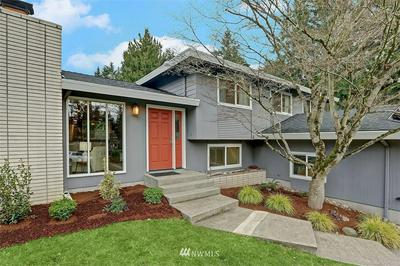 7456 NE 120TH ST, Kirkland, WA 98034 - Photo 2