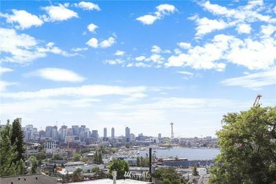 2013 BOYLSTON AVE E # B, Seattle, WA 98102 - Photo 1