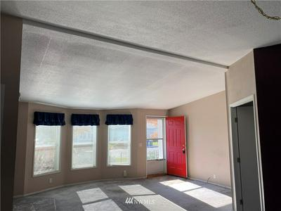 1100 S ROSEWOOD DR UNIT 311, Ellensburg, WA 98926 - Photo 2