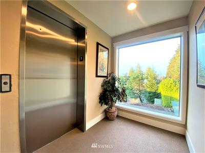 3204 81ST PL SE UNIT B301, Mercer Island, WA 98040 - Photo 2