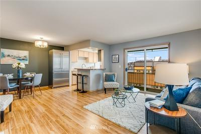 2017 EASTLAKE AVE E APT 301, Seattle, WA 98102 - Photo 2