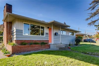 10711 63RD AVE S, Seattle, WA 98178 - Photo 1