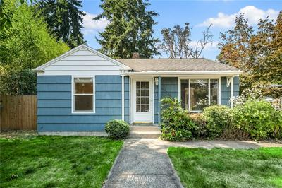 14051 25TH AVE NE, Seattle, WA 98125 - Photo 1