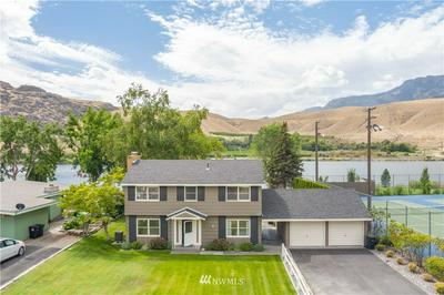 663 RIVERSIDE DR, Pateros, WA 98846 - Photo 1