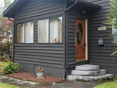 1424 MARION ST, Hoquiam, WA 98550 - Photo 1