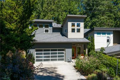 3200 NE 117TH ST, Seattle, WA 98125 - Photo 1