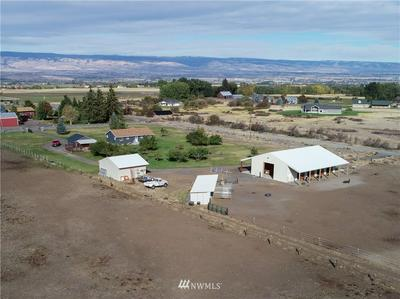 6030 HANSON RD, Ellensburg, WA 98926 - Photo 2