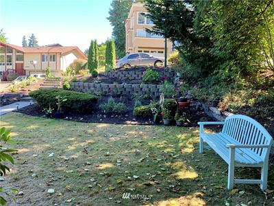 16207 141ST AVE SE, Renton, WA 98058 - Photo 2
