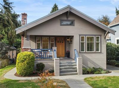 2577 8TH AVE W, Seattle, WA 98119 - Photo 1