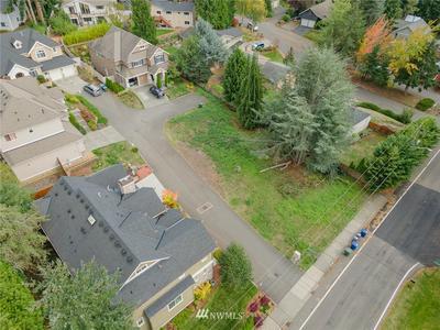13007 SE 46TH CT, Bellevue, WA 98006 - Photo 2