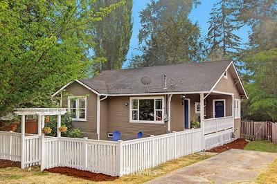 2711 NE 137TH ST, Seattle, WA 98125 - Photo 1