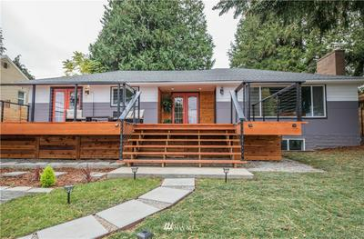 7509 S SUNNYCREST RD, Seattle, WA 98178 - Photo 1