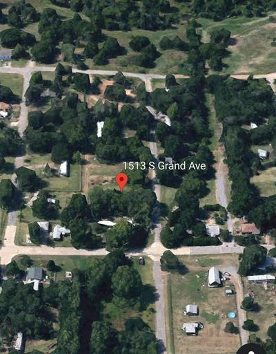 1513 S GRAND ST, Enid, OK 73701 - Photo 1