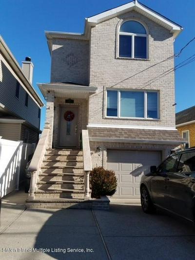 437 MANHATTAN ST, Staten Island, NY 10307 - Photo 1