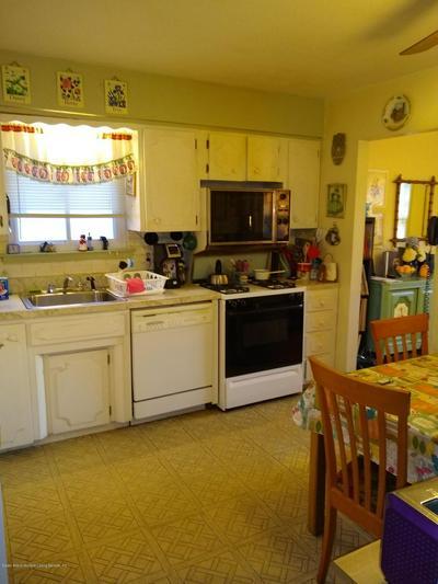 405 DOANE AVE, STATEN ISLAND, NY 10308 - Photo 2