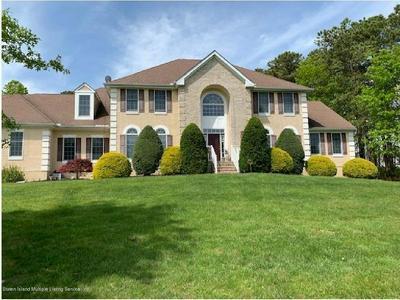 15 CARNEGIE ST, Monroe Township, NJ 08831 - Photo 1