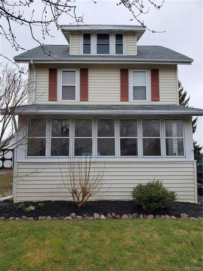 35 FARNSWORTH AVE, Oakfield, NY 14125 - Photo 1