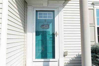185 WATERFORD PARK, Grand Island, NY 14072 - Photo 2