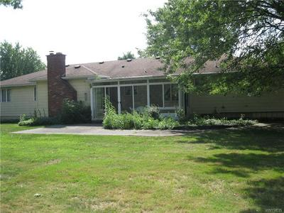 8240 W POINT DR, Clarence, NY 14051 - Photo 2