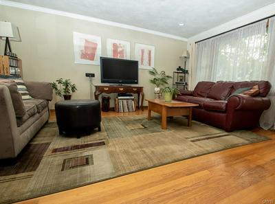 261 CLOVER RIDGE DR, SYRACUSE, NY 13206 - Photo 2