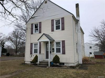 33 WOODWARD AVE, Evans, NY 14006 - Photo 2