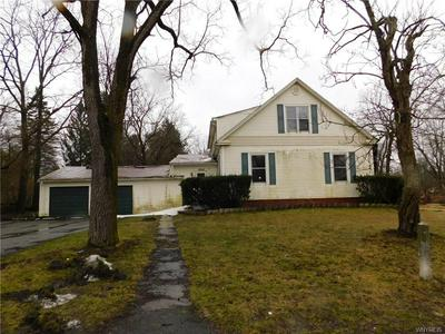10865 BODINE RD, CLARENCE, NY 14031 - Photo 2