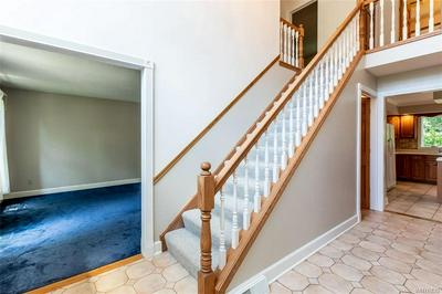 6935 LOCKWOOD LN, Lockport-Town, NY 14094 - Photo 2