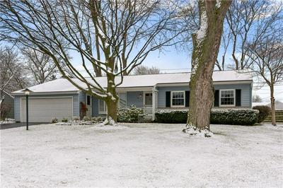 74 SWEET BRIAR KNL, Henrietta, NY 14467 - Photo 2