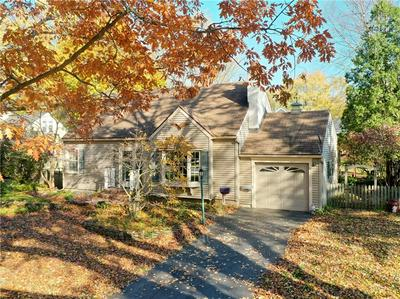 48 MEADOW VIEW DR, Penfield, NY 14526 - Photo 2