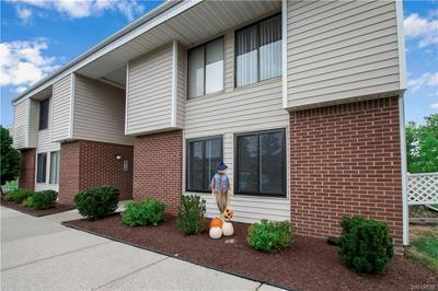38 BEE HUNTER CT, Amherst, NY 14051 - Photo 2