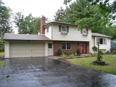 107 WITHERSPOON LN, Penfield, NY 14625 - Photo 1