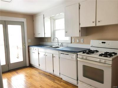 1209 S GLENCOVE RD, SYRACUSE, NY 13206 - Photo 2